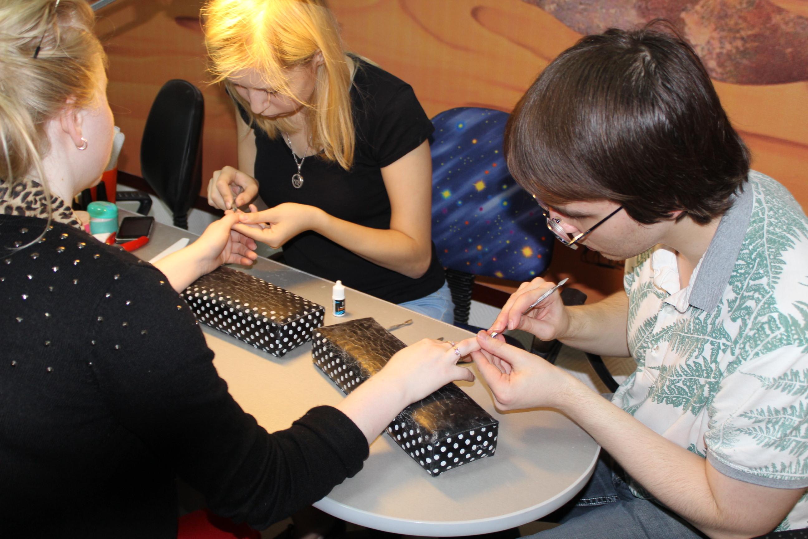 Курсы обучения маникюру в орле